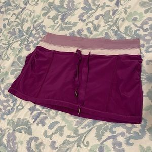 Lululemon running skirt w/built in shorts